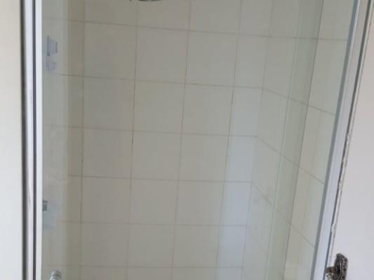 $210, , 2 bathrooms, Kildare Street, North Geelong VIC 3215