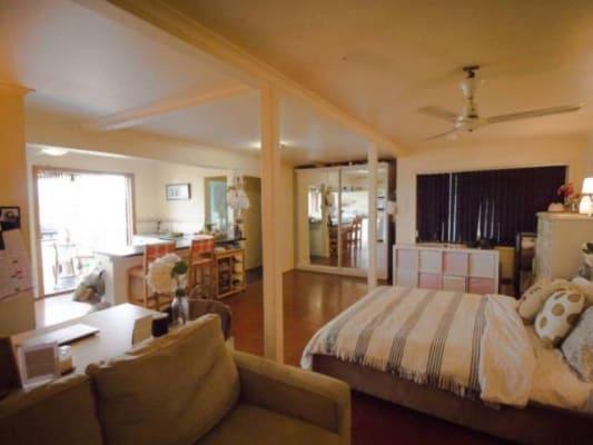 $300, Granny-flat, 1 bathroom, Latrobe Terrace, Paddington QLD 4064