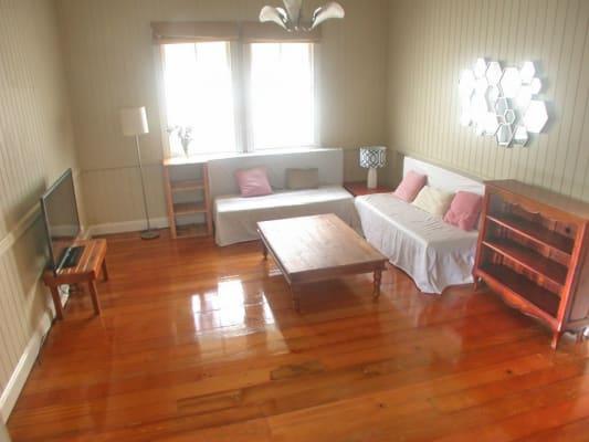 $185, Share-house, 4 bathrooms, Logan Rd, Woolloongabba QLD 4102