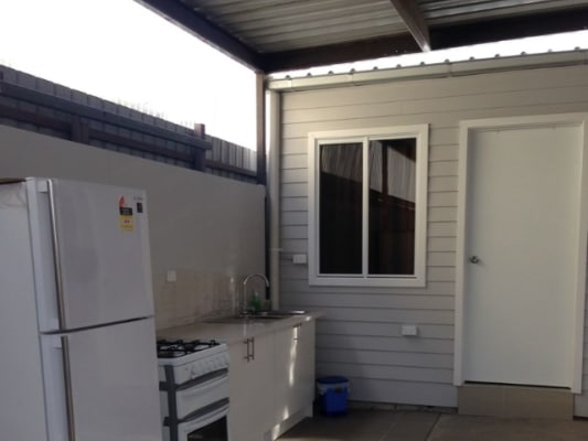 $175, Granny-flat, 4 bathrooms, Nicholson Street , Footscray VIC 3011