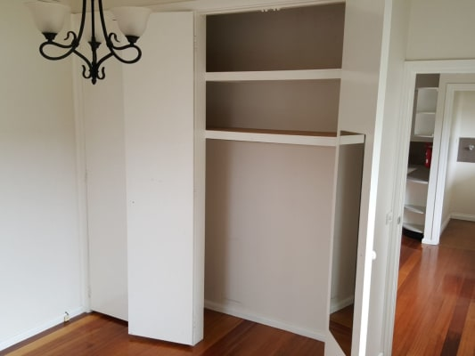 $320, Granny-flat, 1 bathroom, Owen St, Brunswick West VIC 3055
