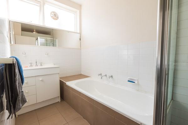 $255, Flatshare, 4 bathrooms, Dandenong, Armadale VIC 3143