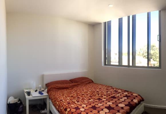 $280, Flatshare, 2 bathrooms, Baines Street, Kangaroo Point QLD 4169