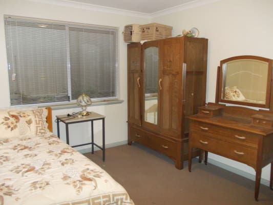 $180, Share-house, 3 bathrooms, Morley Drive East, Eden Hill WA 6054