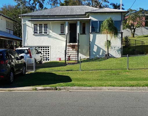 $135, Share-house, 4 bathrooms, Smith Street, Holland Park QLD 4121