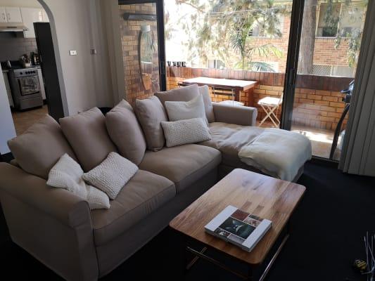 $180, Flatshare, 2 bathrooms, Selwyn Street, Merewether NSW 2291