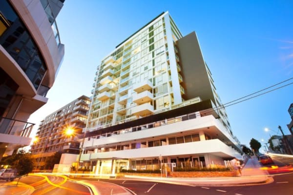 $250, Flatshare, 2 bathrooms, River Street, South Yarra VIC 3141