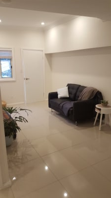 $350, Studio, 1 bathroom, Rawson Place, Cromer NSW 2099