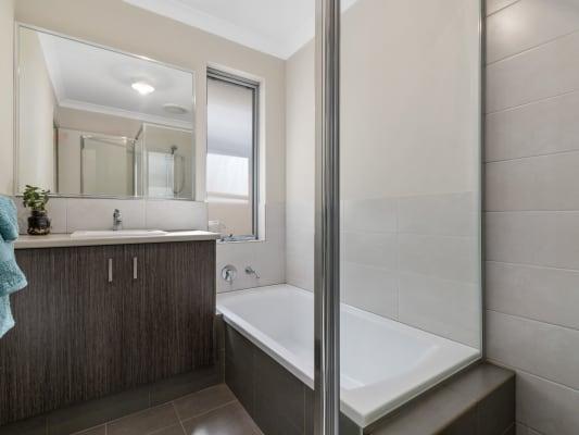 $180, Share-house, 4 bathrooms, Eureka Road, Wilson WA 6107