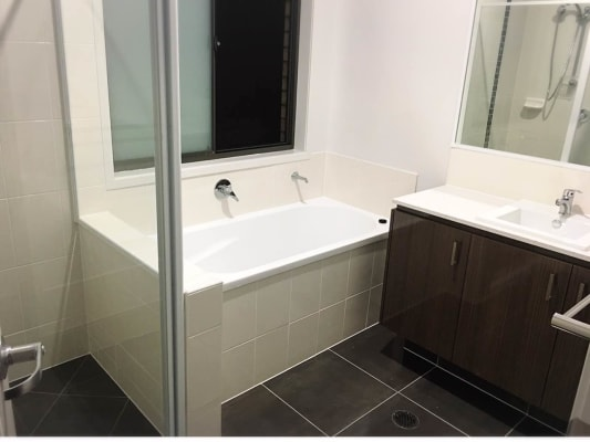 $170, Share-house, 5 bathrooms, Dixon Drive, Coomera QLD 4209