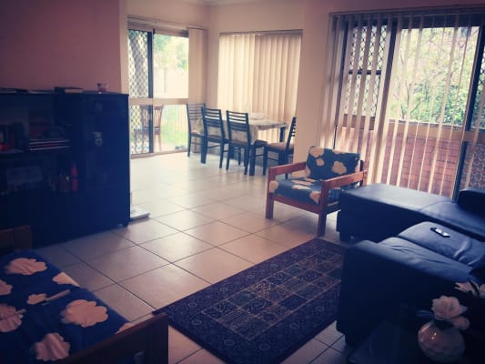 $195, Flatshare, 2 bathrooms, Carr Street, Saint Lucia QLD 4067