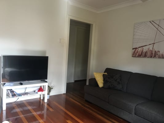 $220, Share-house, 2 rooms, Boomerang Road, Saint Lucia QLD 4067, Boomerang Road, Saint Lucia QLD 4067