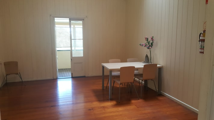 $170, Flatshare, 6 bathrooms, Mildmay Street , Fairfield QLD 4103