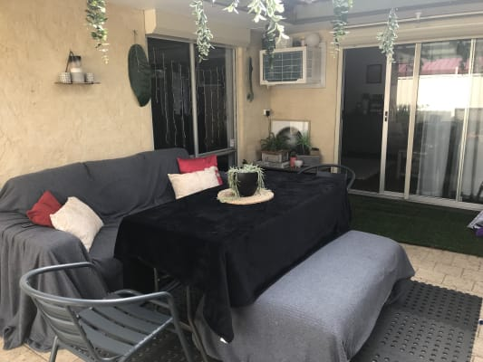 $125, Share-house, 3 bathrooms, Selsdon Road, Camillo WA 6111