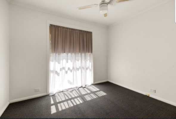 $150, Flatshare, 2 bathrooms, De Kerilleau Drive, Wodonga VIC 3690