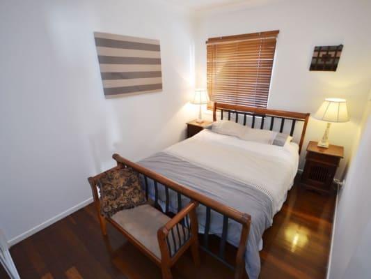 $435, Flatshare, 2 bathrooms, Rawlins Street , Kangaroo Point QLD 4169