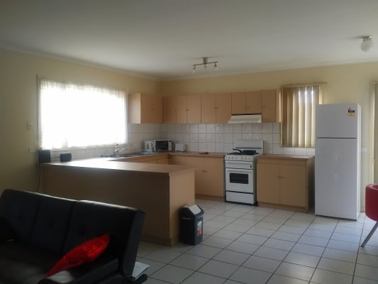 $150, Share-house, 2 bathrooms, Tanner Street, Breakwater VIC 3219