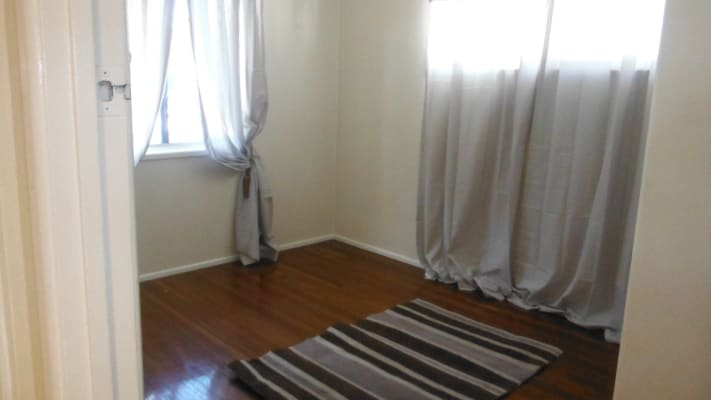 $180, Share-house, 3 bathrooms, Pikett Street, Clontarf QLD 4019