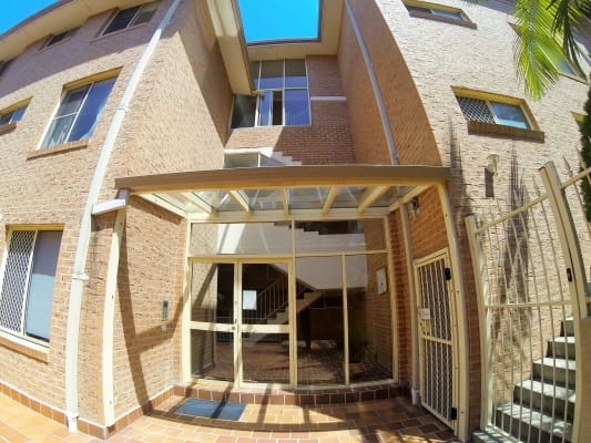 $130, Flatshare, 3 bathrooms, Warialda Street, Kogarah NSW 2217