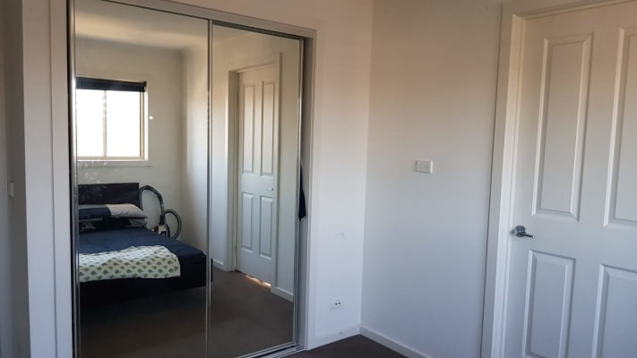 $210, Share-house, 3 bathrooms, Rollo Street, Coburg North VIC 3058