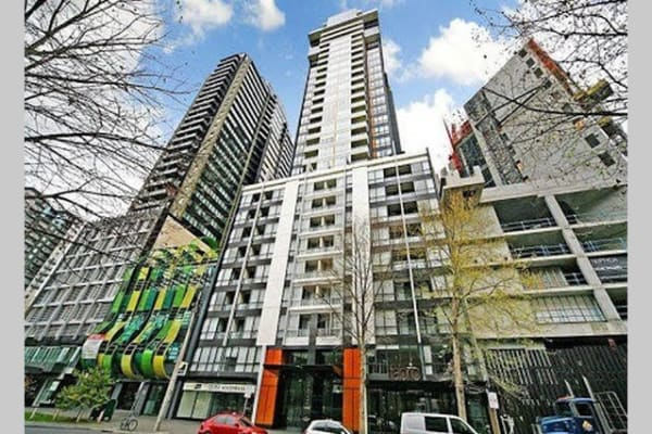 $350, Flatshare, 2 bathrooms, Kavanagh Street, Melbourne VIC 3004