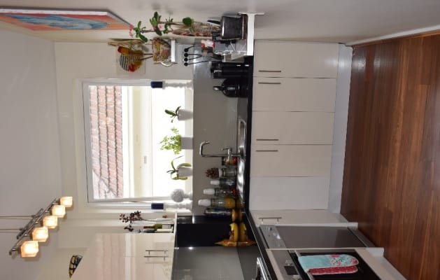 $500, Whole-property, 2 bathrooms, Mona Place, South Yarra VIC 3141