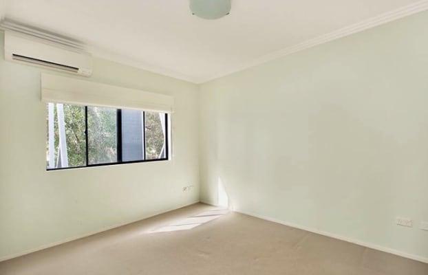 $375, Flatshare, 3 bathrooms, Railway Parade, Erskineville NSW 2043