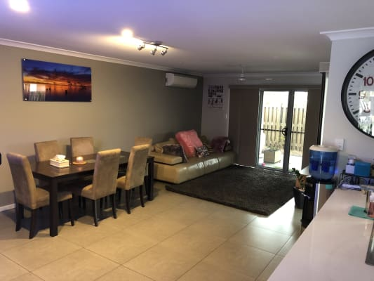 $185, Share-house, 3 bathrooms, Bland Street, Coopers Plains QLD 4108