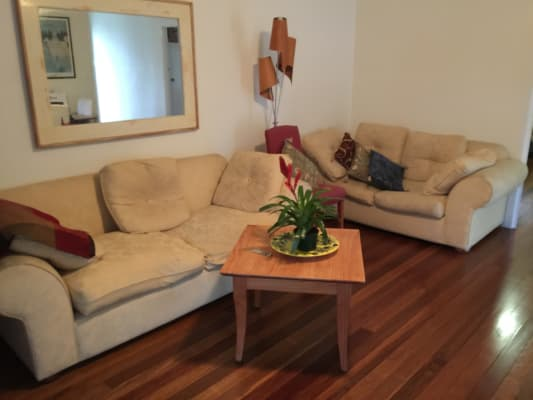$200, Flatshare, 2 bathrooms, George Street East, Burleigh Heads QLD 4220