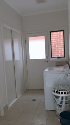 $220, Share-house, 4 bathrooms, Summerland Crescent, Colebee NSW 2761