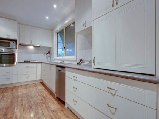 $155, Share-house, 4 bathrooms, Suffolk Street, Wantirna South VIC 3152