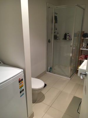 $250, Flatshare, 2 bathrooms, Bouverie Street, Carlton VIC 3053