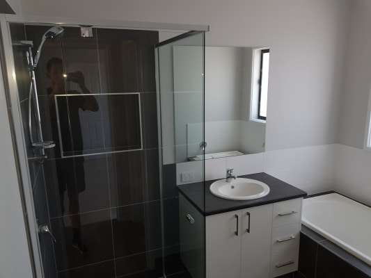 $170, Share-house, 4 bathrooms, Murray Way, West Wodonga VIC 3690