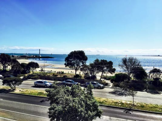 $310, Flatshare, 2 bathrooms, Marine Parade, Saint Kilda VIC 3182