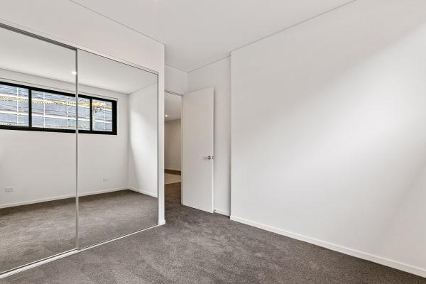$300, Flatshare, 2 bathrooms, Bowden Street, Meadowbank NSW 2114