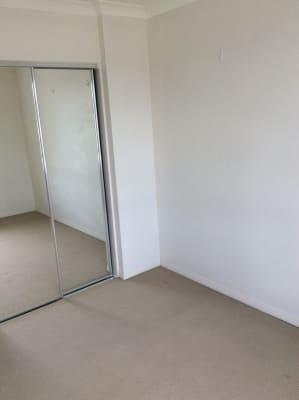 $180, Flatshare, 3 bathrooms, Executive Drive, Burleigh Waters QLD 4220