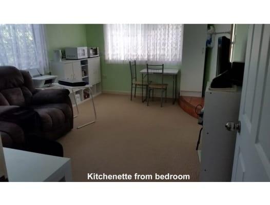 $250, Granny-flat, 1 bathroom, Keperra Court, Arana Hills QLD 4054