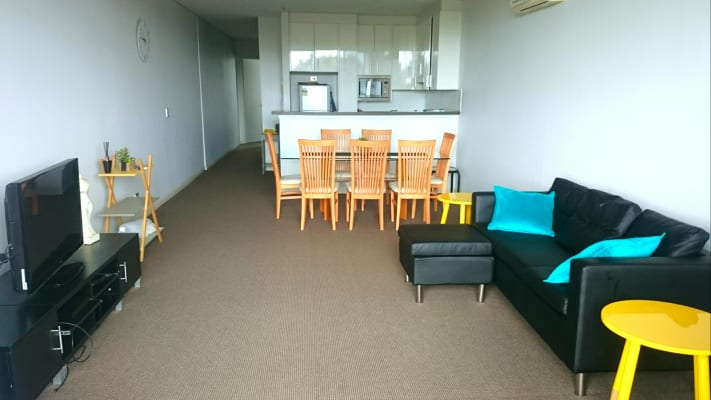 $320, Flatshare, 2 bathrooms, South Dowling Street, Waterloo NSW 2017