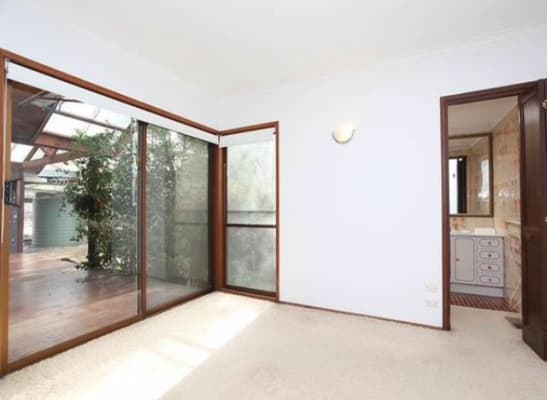 $325, Share-house, 3 bathrooms, Haig Street, Burwood VIC 3125