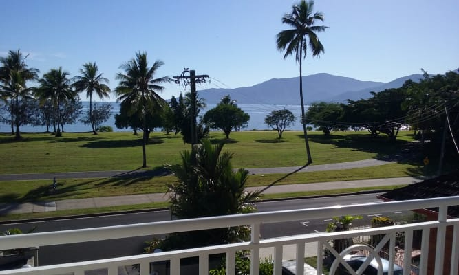 $200, Share-house, 3 bathrooms, Esplanade, Cairns North QLD 4870