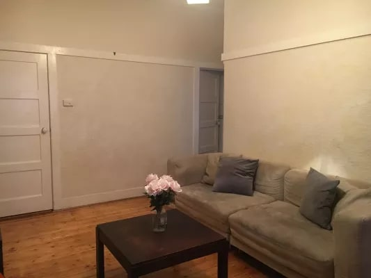 $235, Flatshare, 2 bathrooms, Grey Street, Saint Kilda VIC 3182