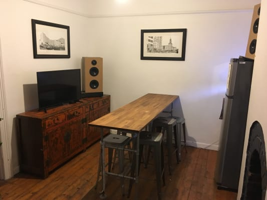 $270, Share-house, 2 bathrooms, Johnston Street, Fitzroy VIC 3065
