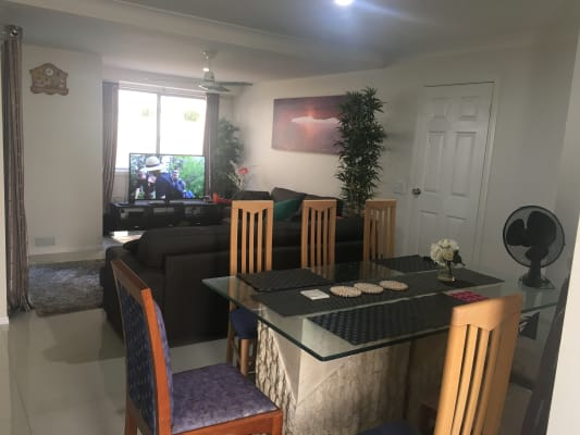 $145, Share-house, 3 bathrooms, Frank Street, Labrador QLD 4215
