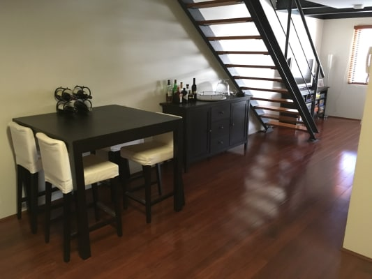 $200, Flatshare, 2 bathrooms, James Street, Perth WA 6000