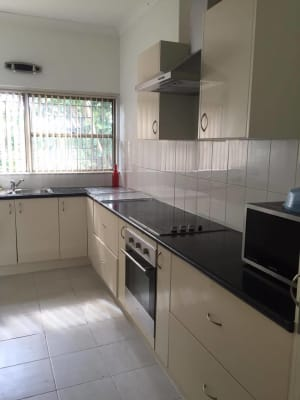 $160, Share-house, 3 bathrooms, Robsons Road, West Wollongong NSW 2500