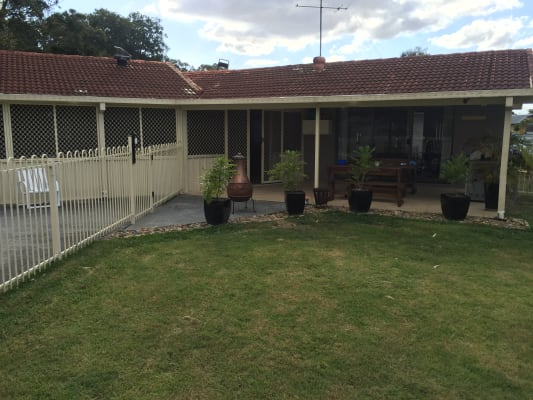 $175, Share-house, 4 bathrooms, Myrtle Court, Palm Beach QLD 4221