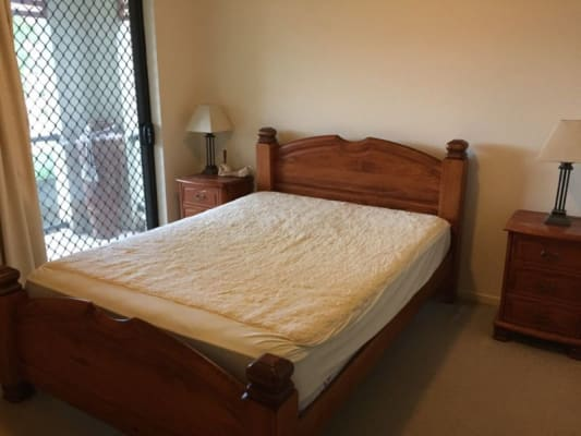 $215, Flatshare, 3 bathrooms, Stephens Street, Burleigh Heads QLD 4220