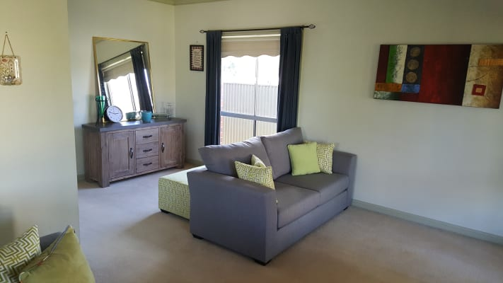 $250, Share-house, 3 bathrooms, Vestey Street, Wagga Wagga NSW 2650