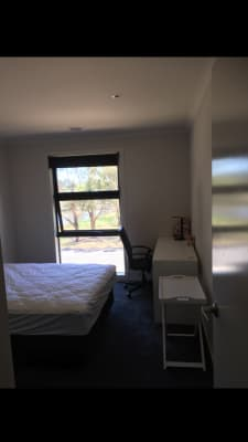 $300, Share-house, 4 bathrooms, Waterview Drive, Cairnlea VIC 3023
