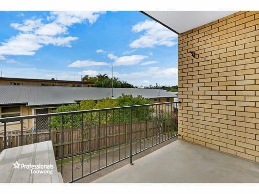 $180, Flatshare, 2 bathrooms, Jephson Street, Toowong QLD 4066